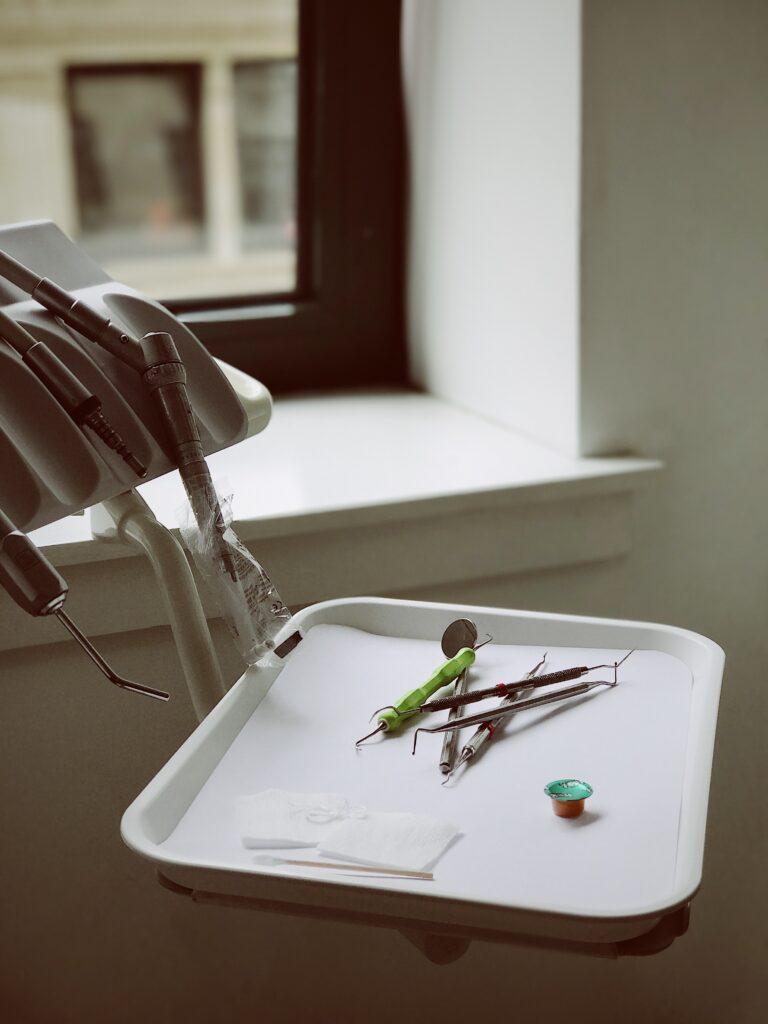 equipment for dental fillings