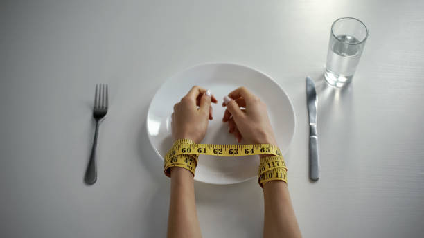 looking into how you can recognize an eating disorder